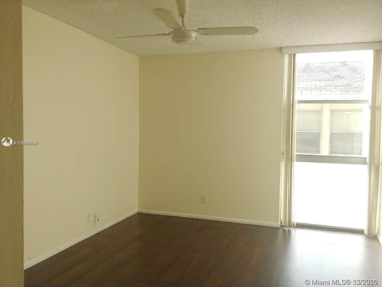 2029 46th Ave - Photo 1
