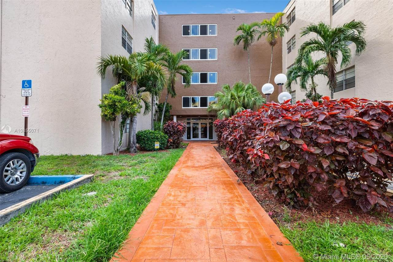 6960 Miami Gardens Dr - Photo 1