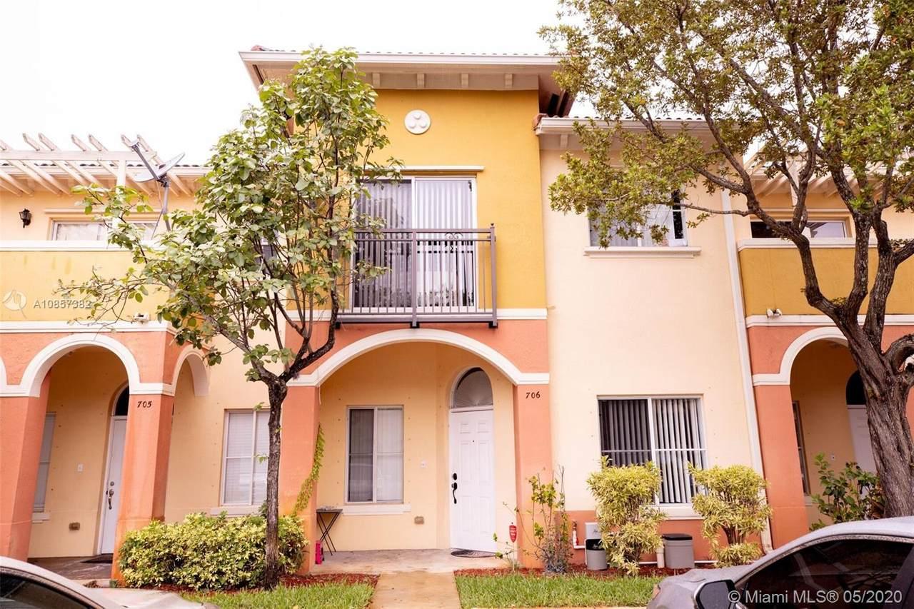 706 N Santa Catalina - Photo 1