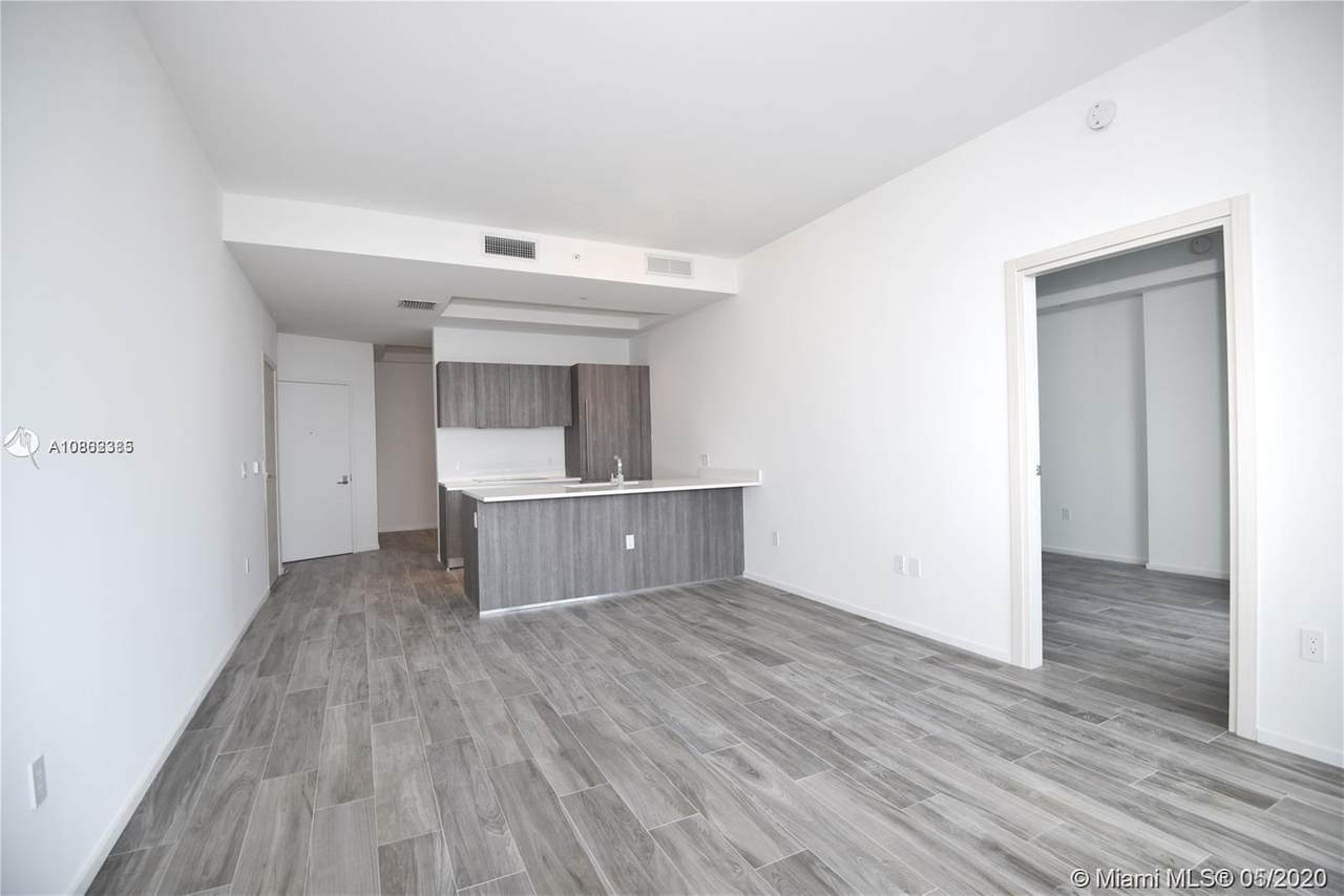 801 Miami Ave - Photo 1