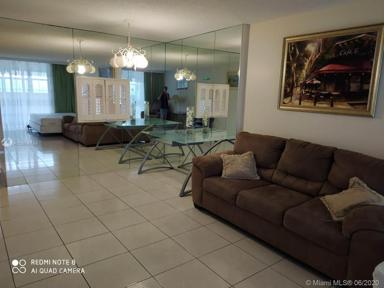 320 12th Ave - Photo 1