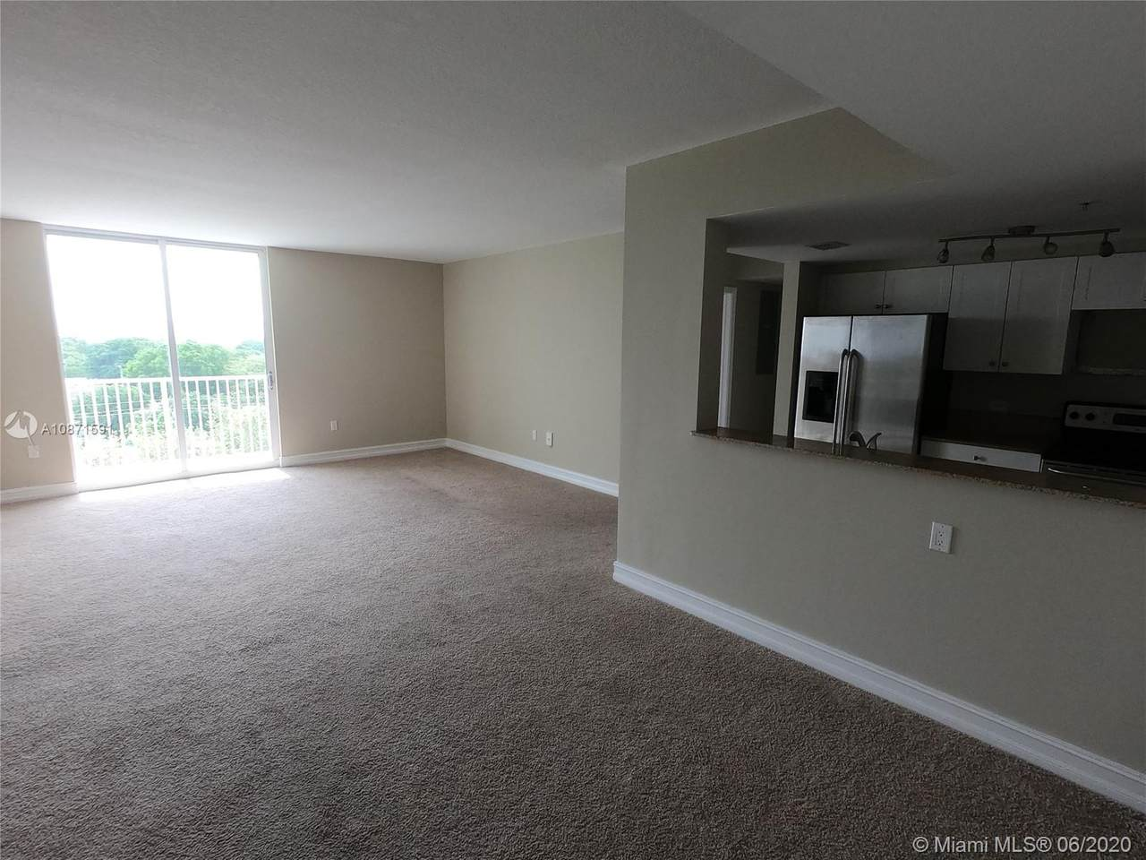 117 42nd Ave - Photo 1