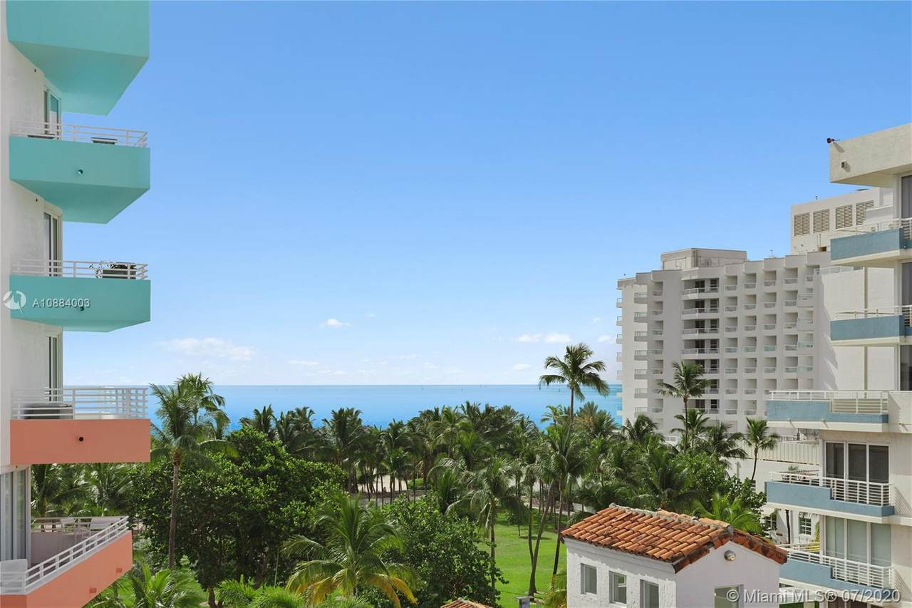 225 Collins Ave - Photo 1