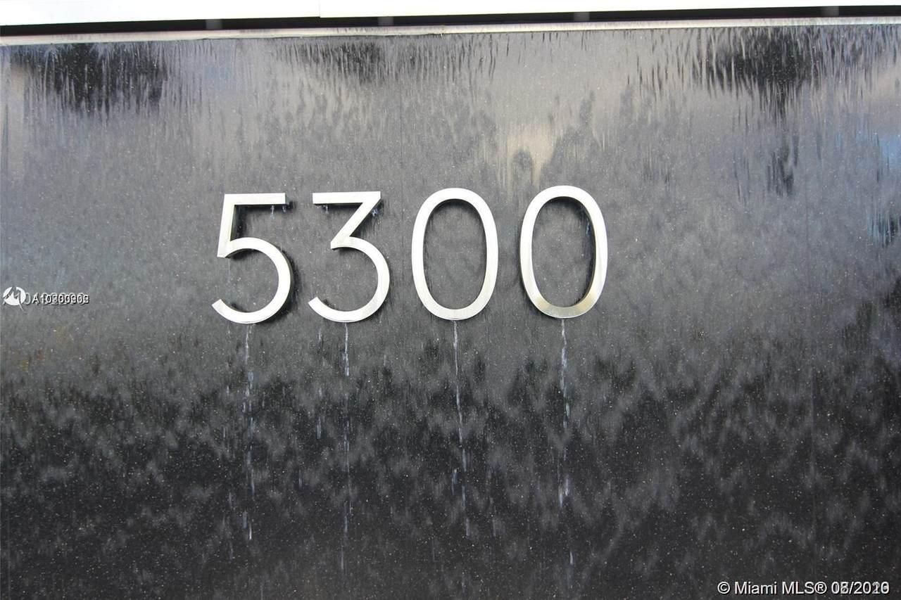 5300 85 AVE - Photo 1
