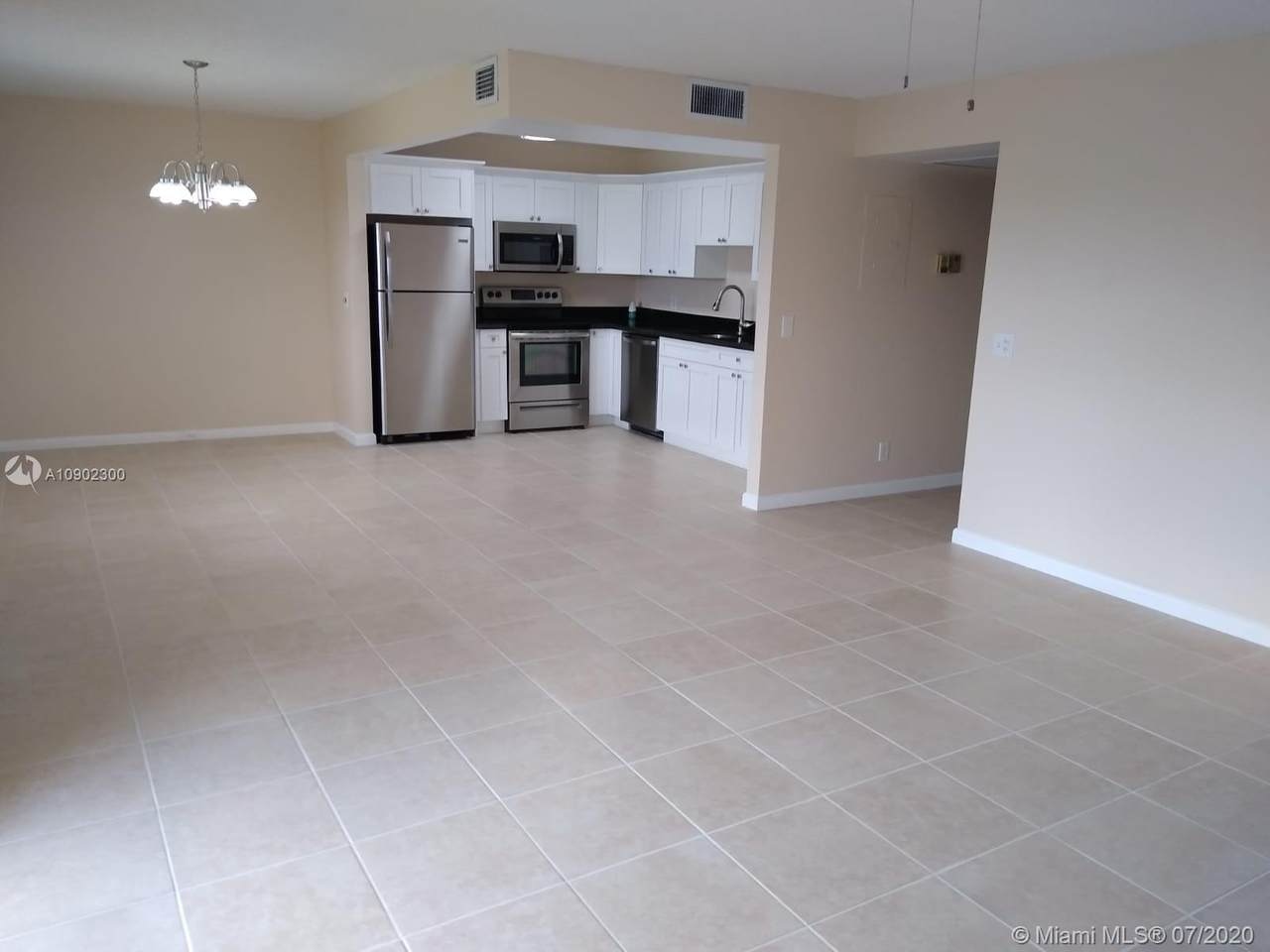400 134th Way - Photo 1