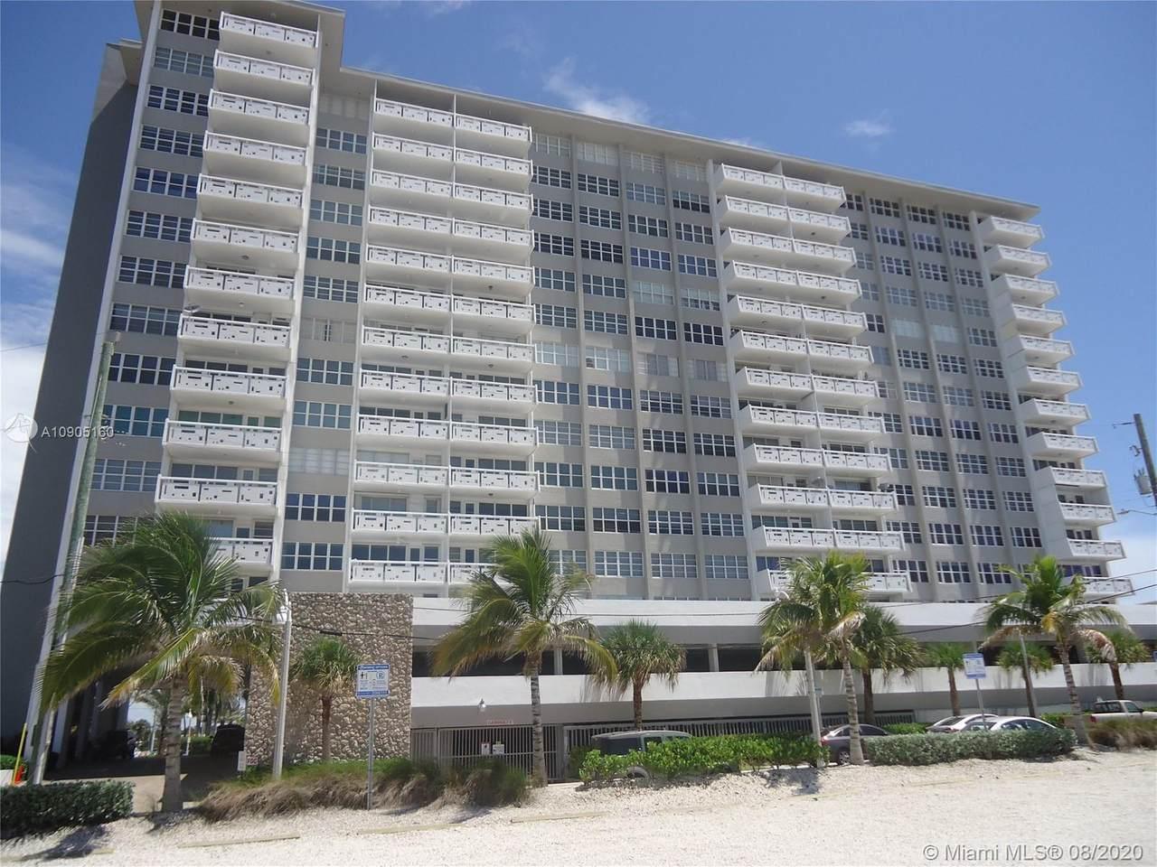 3111 Ocean Dr - Photo 1