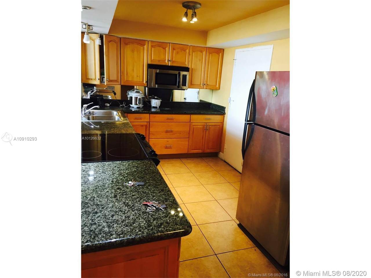 7135 Collins Ave - Photo 1