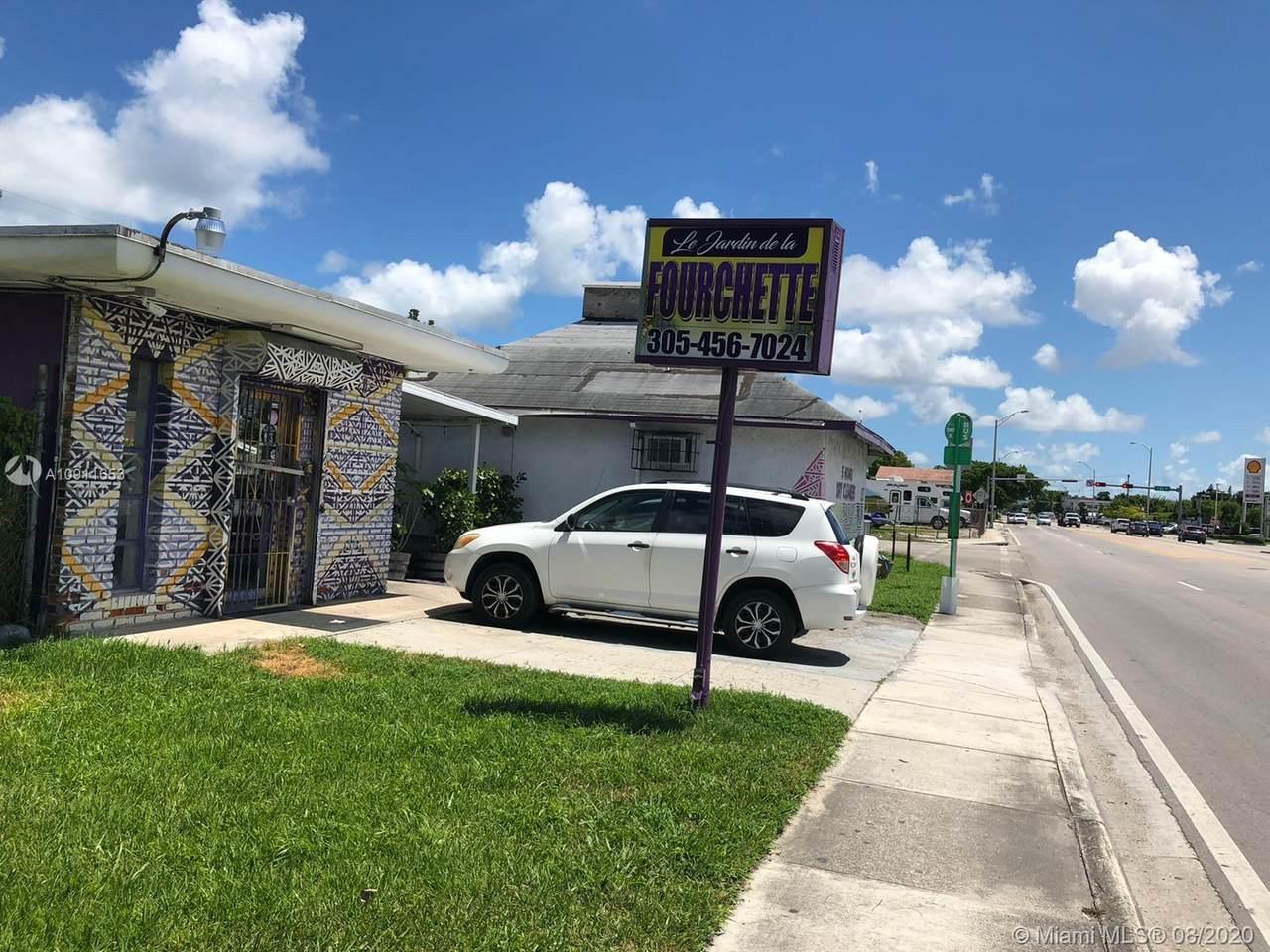 8267 Miami Ave - Photo 1