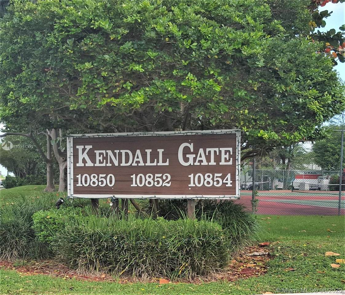 10852 Kendall Dr - Photo 1