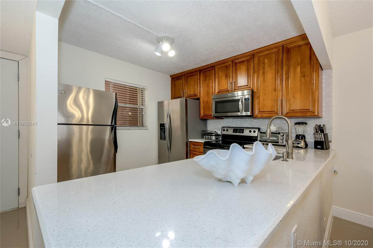 3130 Holiday Springs Bl - Photo 1