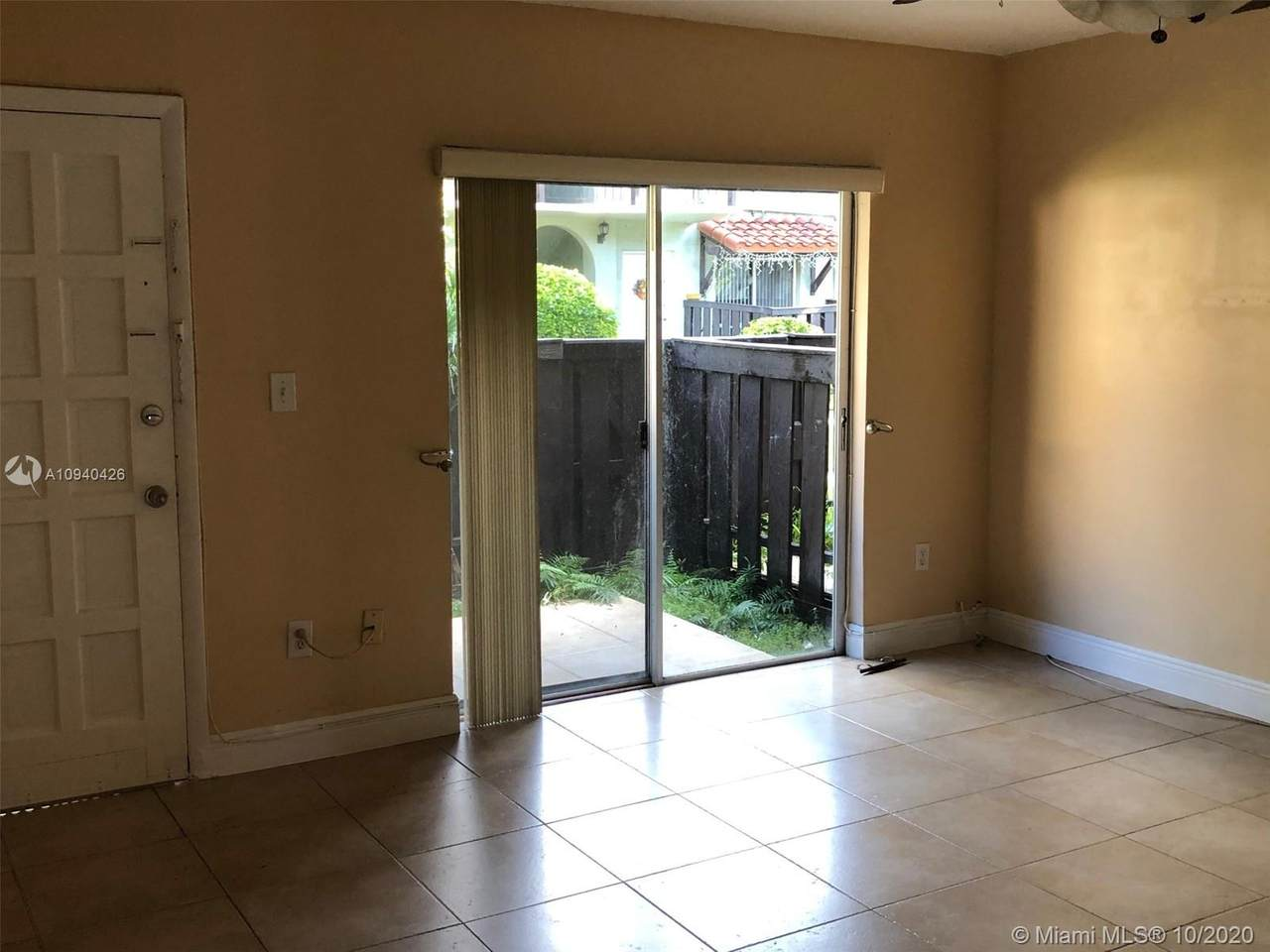 10790 Kendall Dr - Photo 1