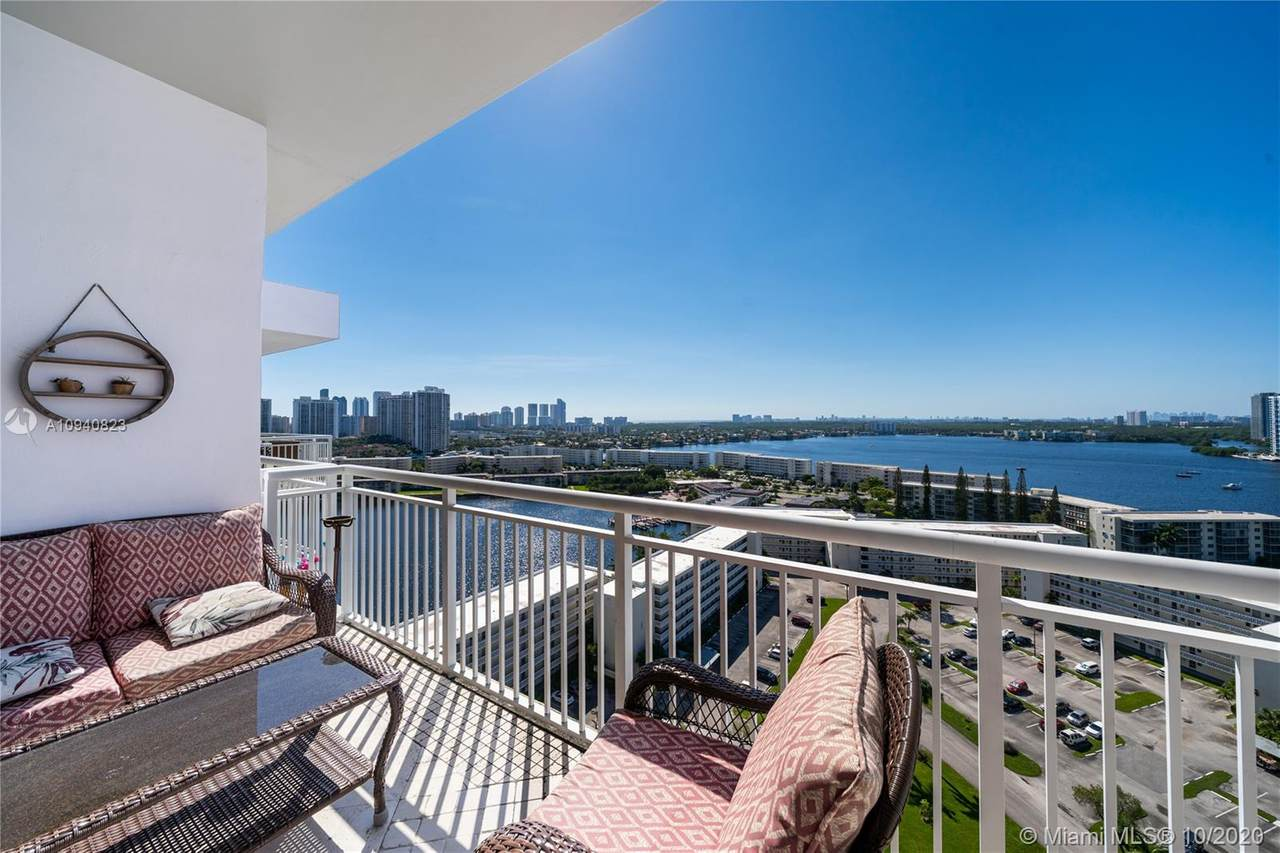 18021 Biscayne Blvd - Photo 1