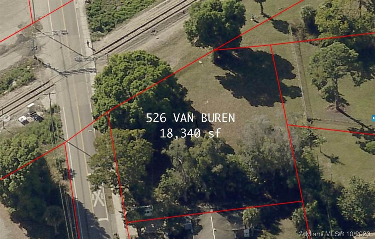 526 Van Buren - Photo 1