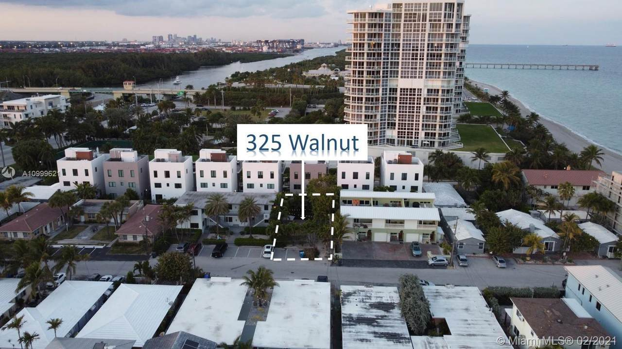 325 Walnut St - Photo 1