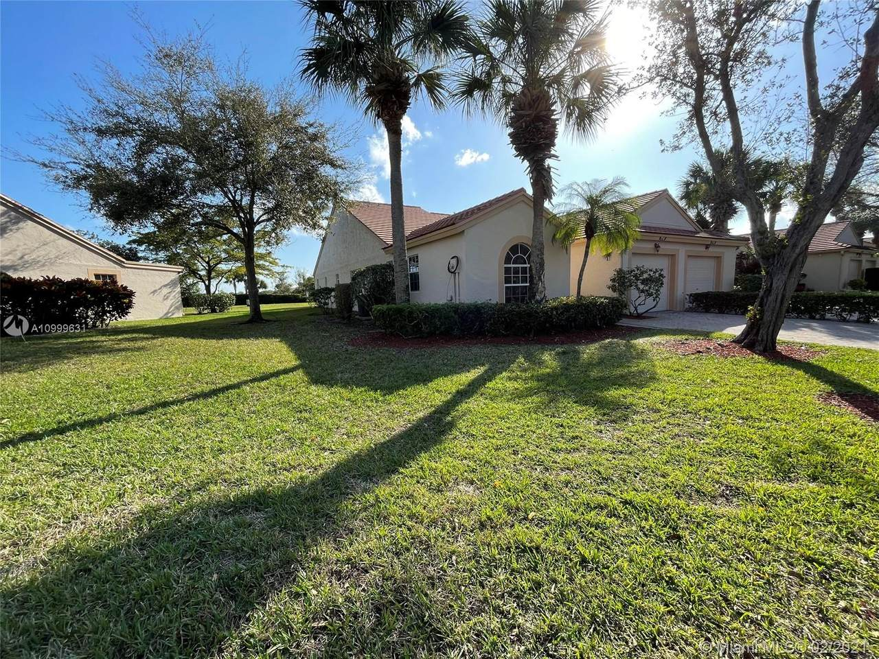 7712 Coral Lake Dr - Photo 1