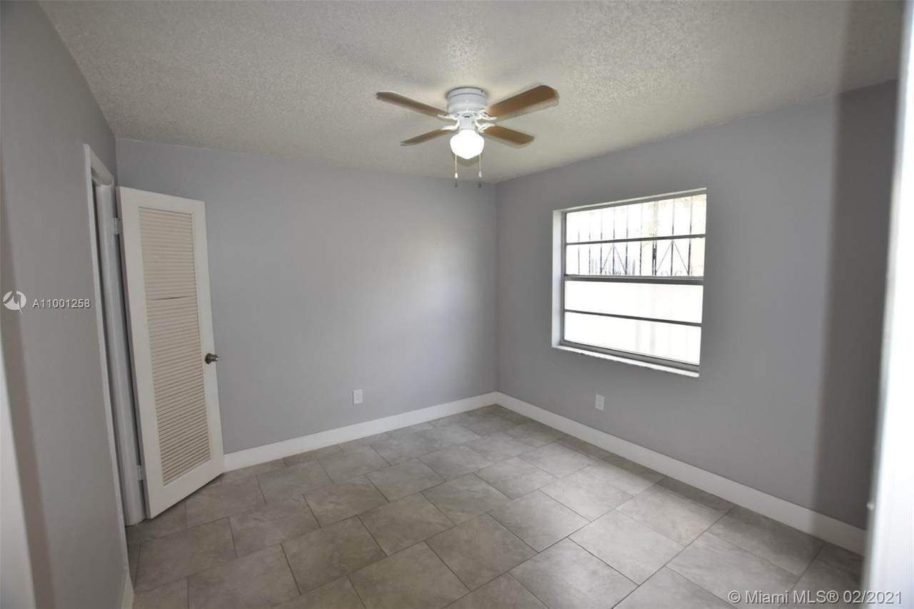 490 4th Ave - Photo 1