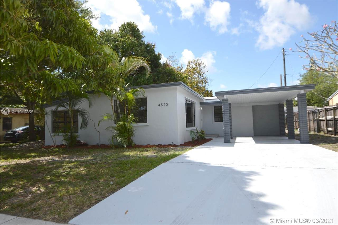 4540 33rd Dr - Photo 1