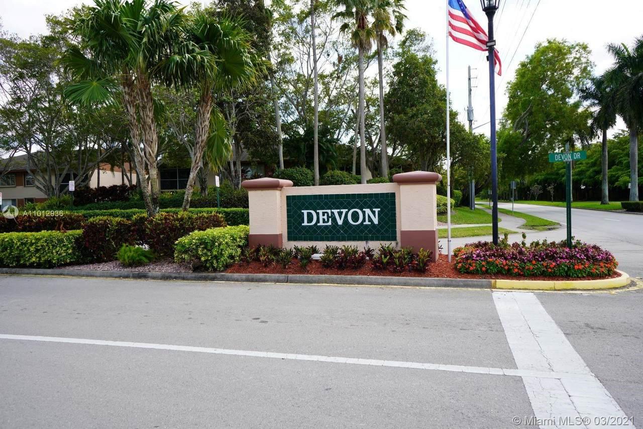 7190 Devon Dr - Photo 1