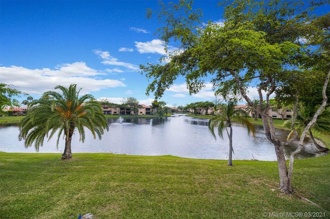 9299 Vista Del Lago - Photo 1