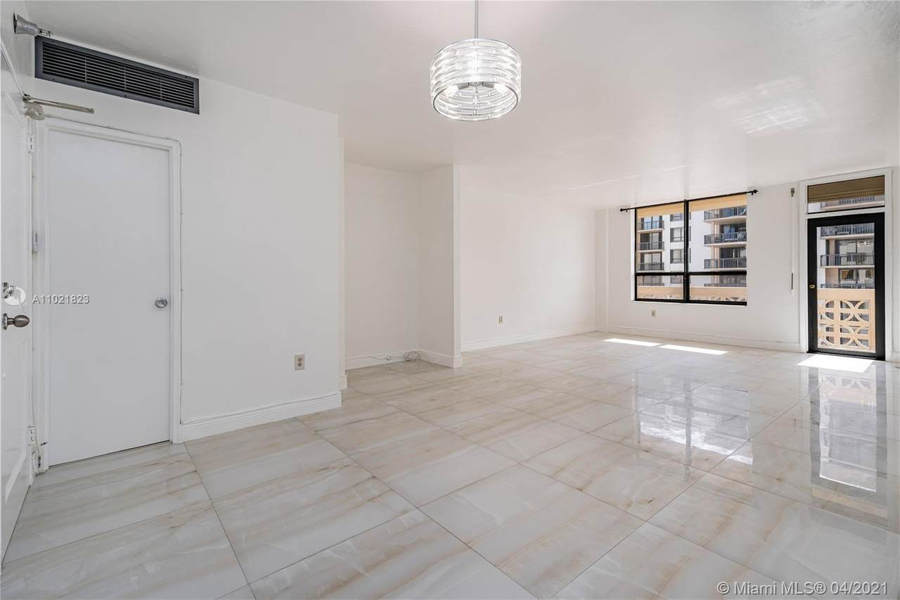 10185 Collins Ave - Photo 1