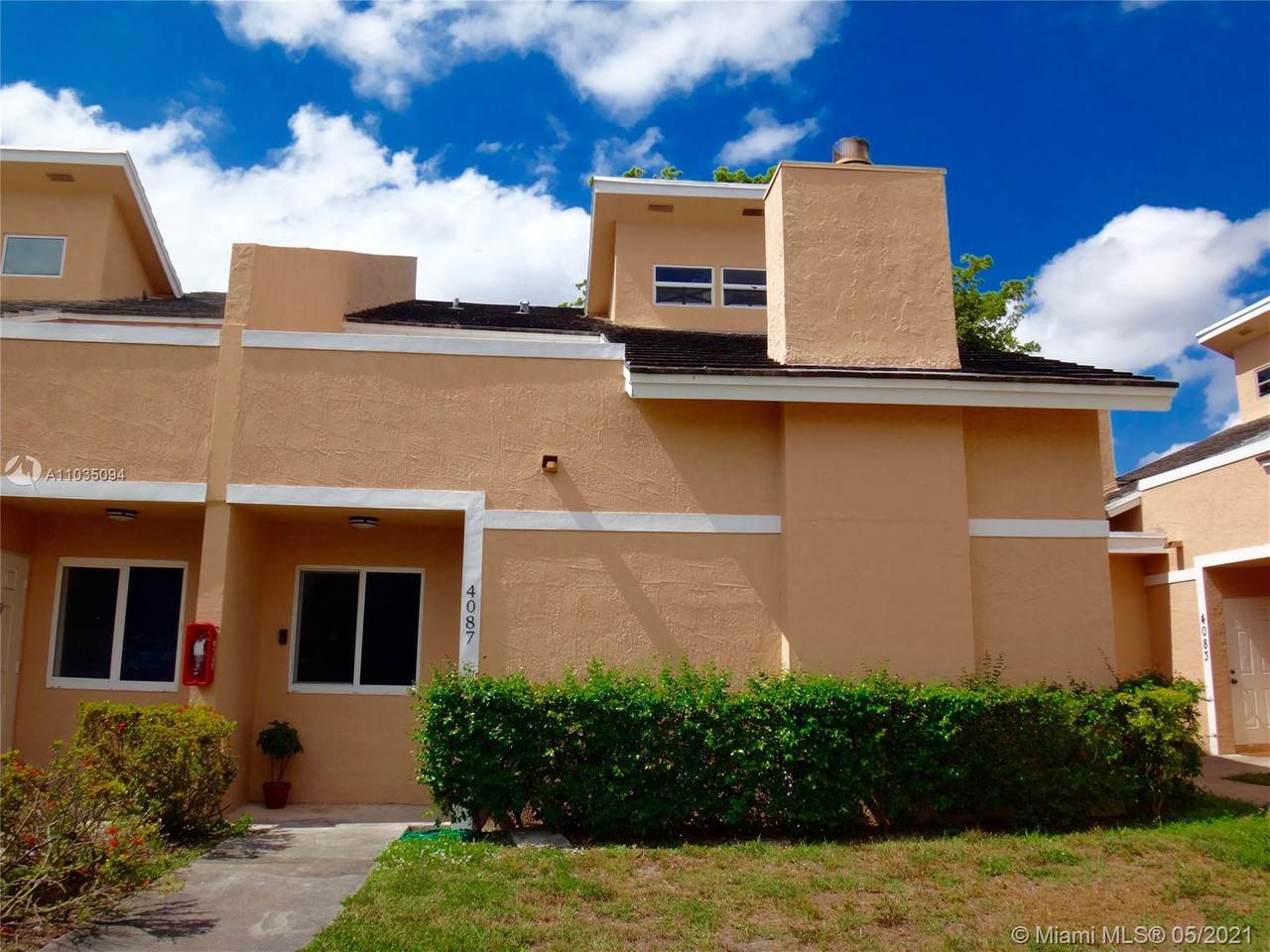 4087 Coral Springs Dr - Photo 1