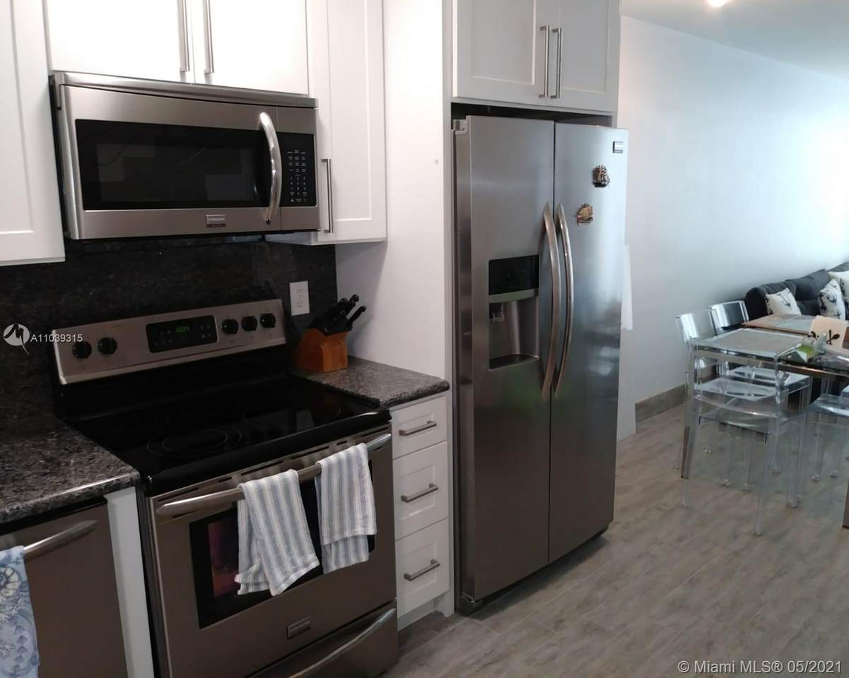 5401 Collins Ave - Photo 1