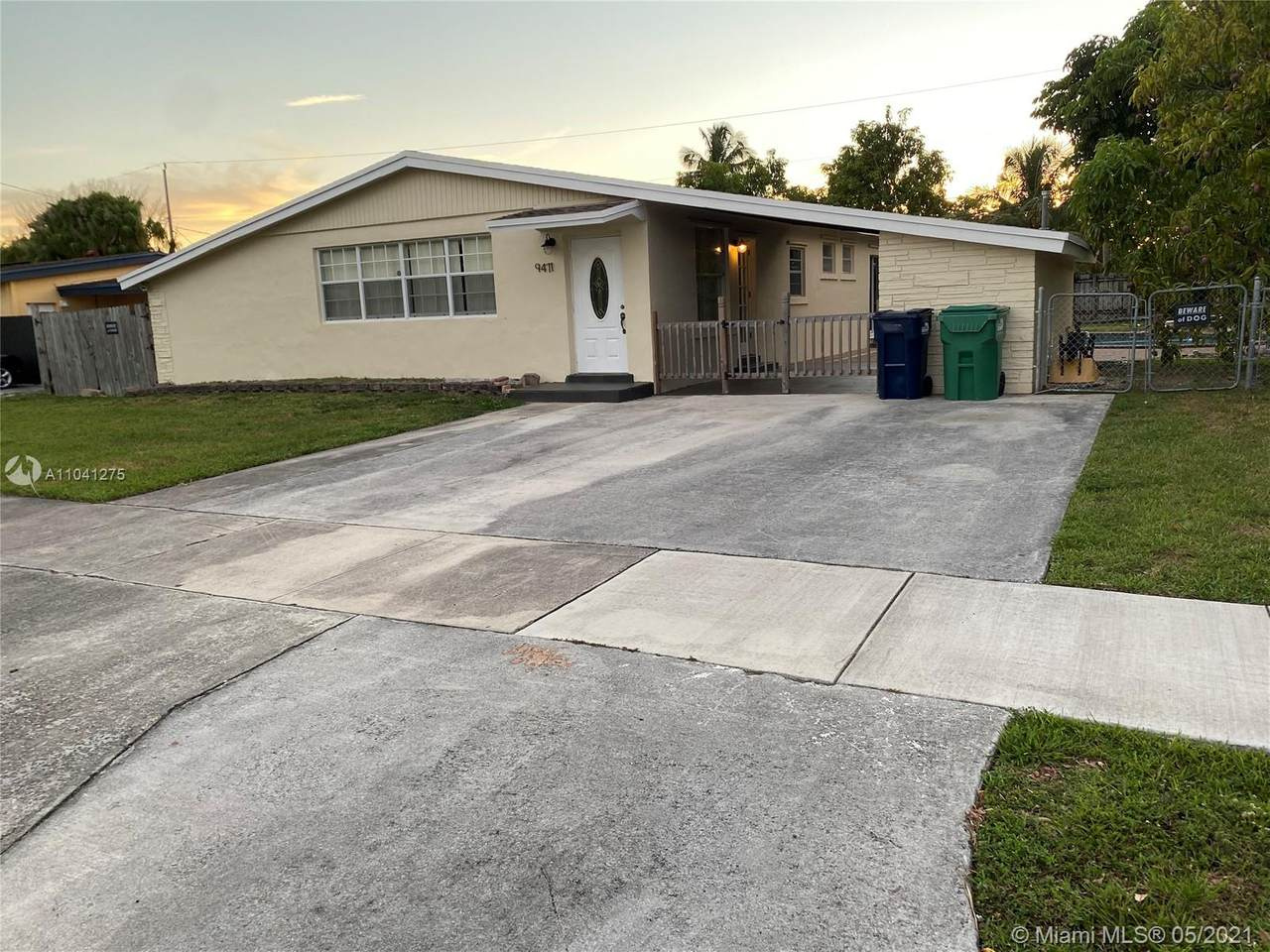 9471 Easter Rd - Photo 1