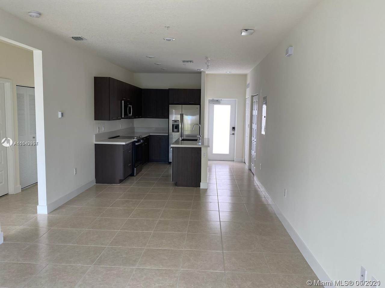4640 NW 84th Ave 4640 Nw 84th Ave - Photo 1