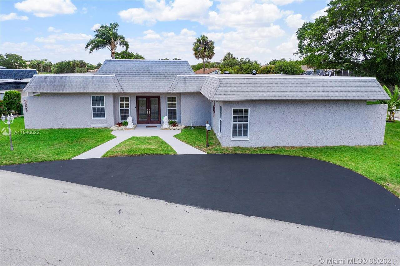 5509 Mulberry Dr - Photo 1