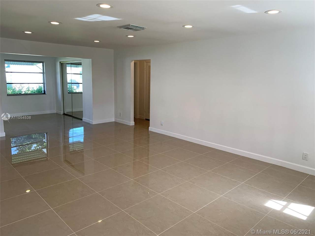1070 89th Ave - Photo 1