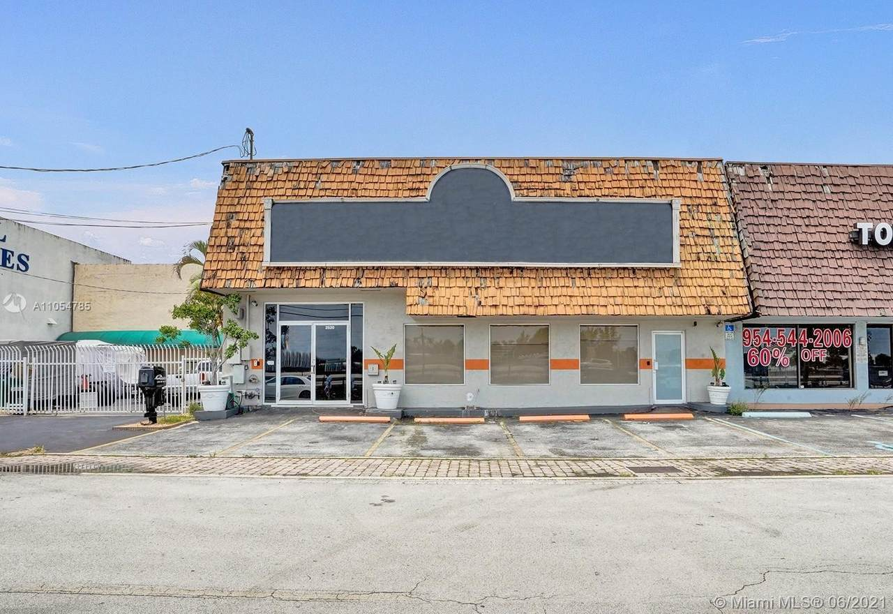2520 30th Ave - Photo 1