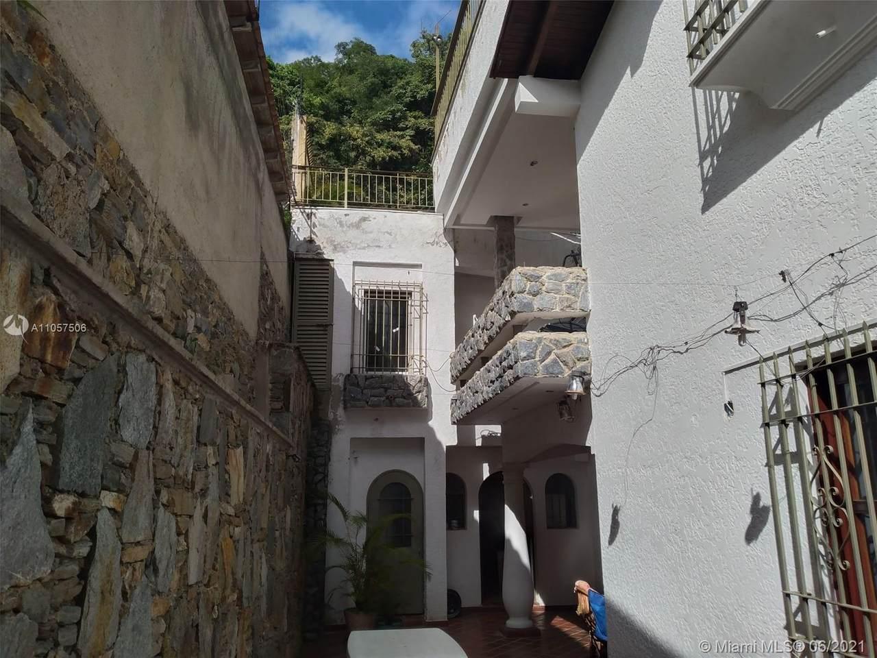 Calle San Luis Caracas 1061 - Photo 1