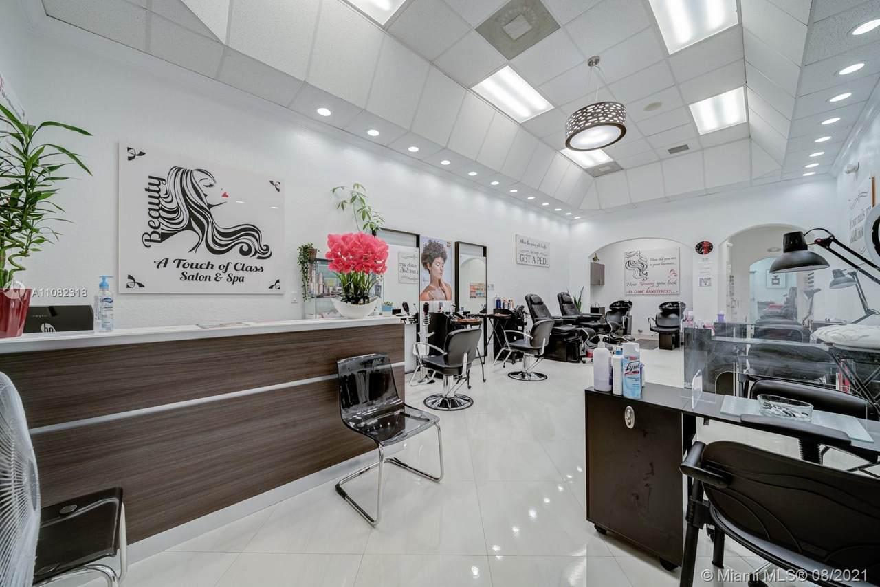 Beauty Salon Kendall - Photo 1