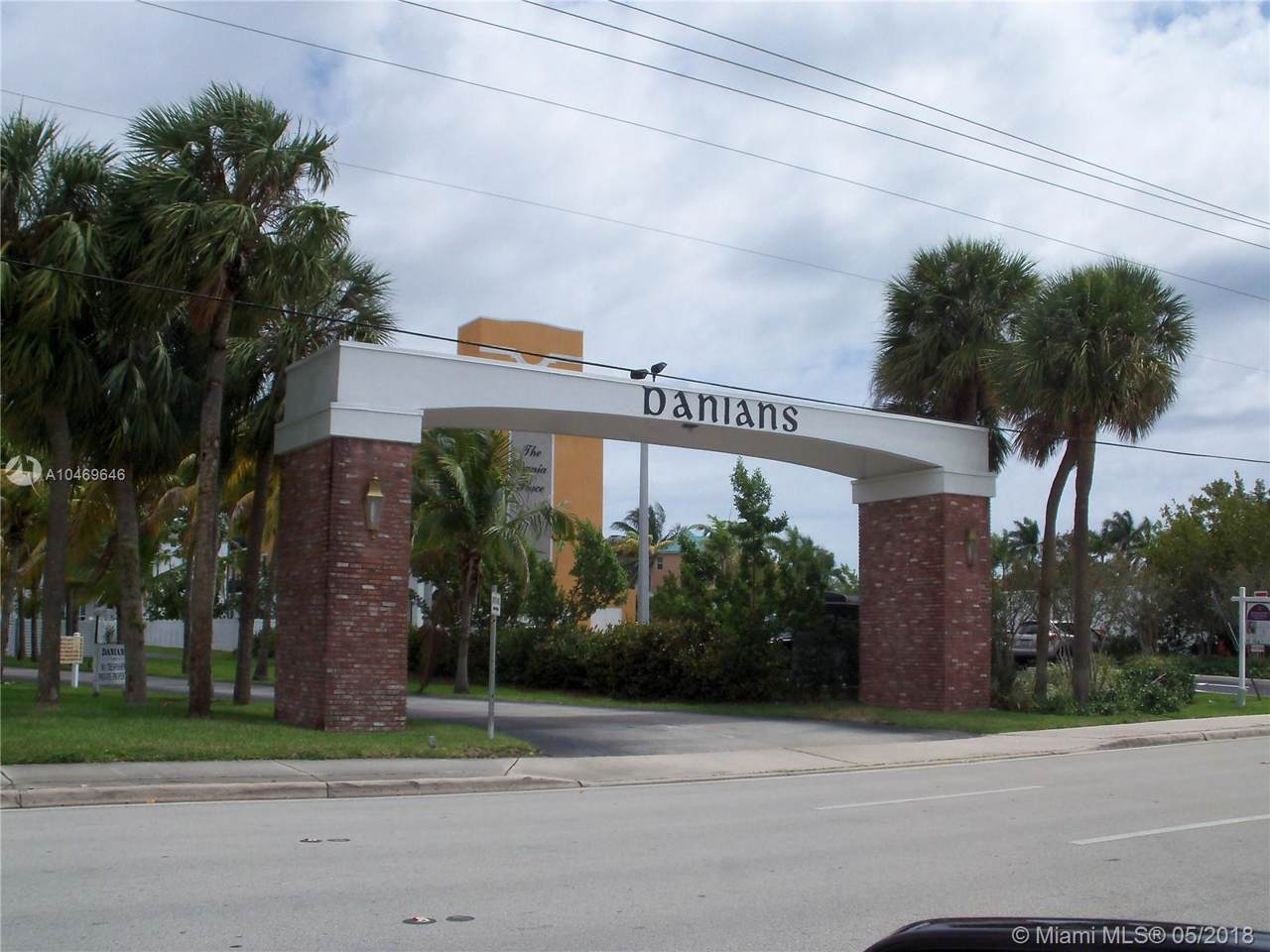 505 Dania Beach Blvd - Photo 1