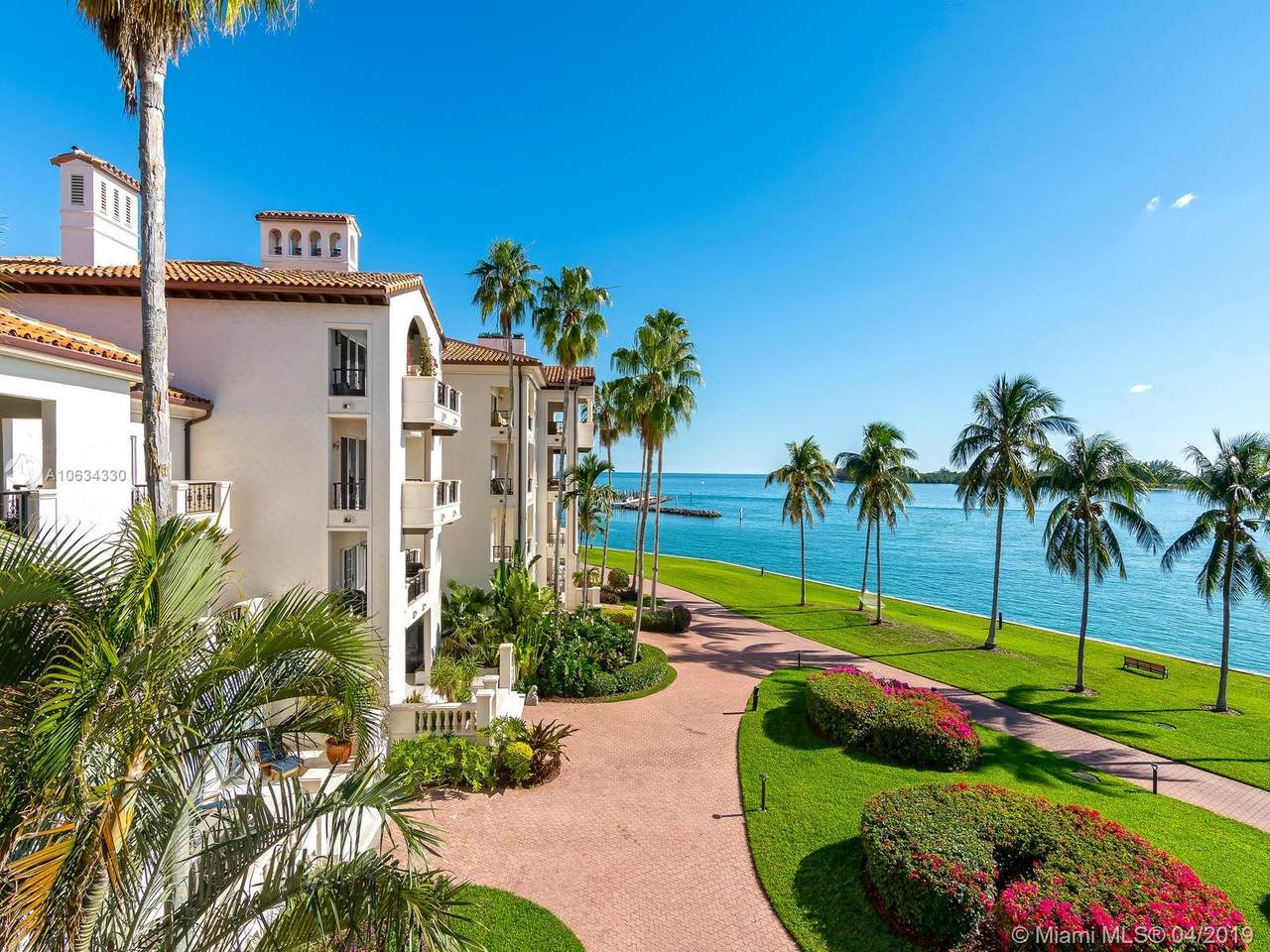 2331 Fisher Island Dr - Photo 1