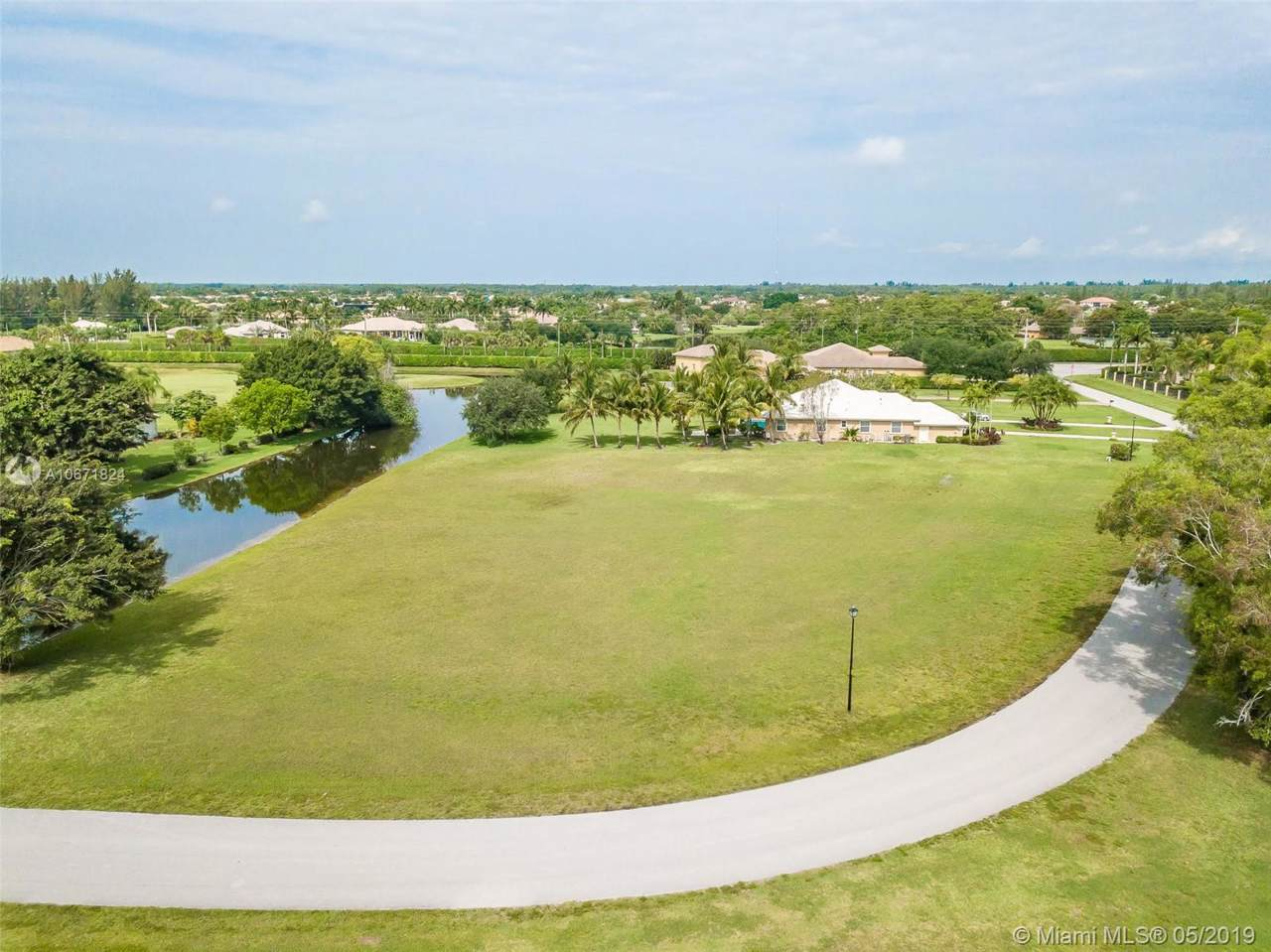 9000 Kendale Ct - Photo 1