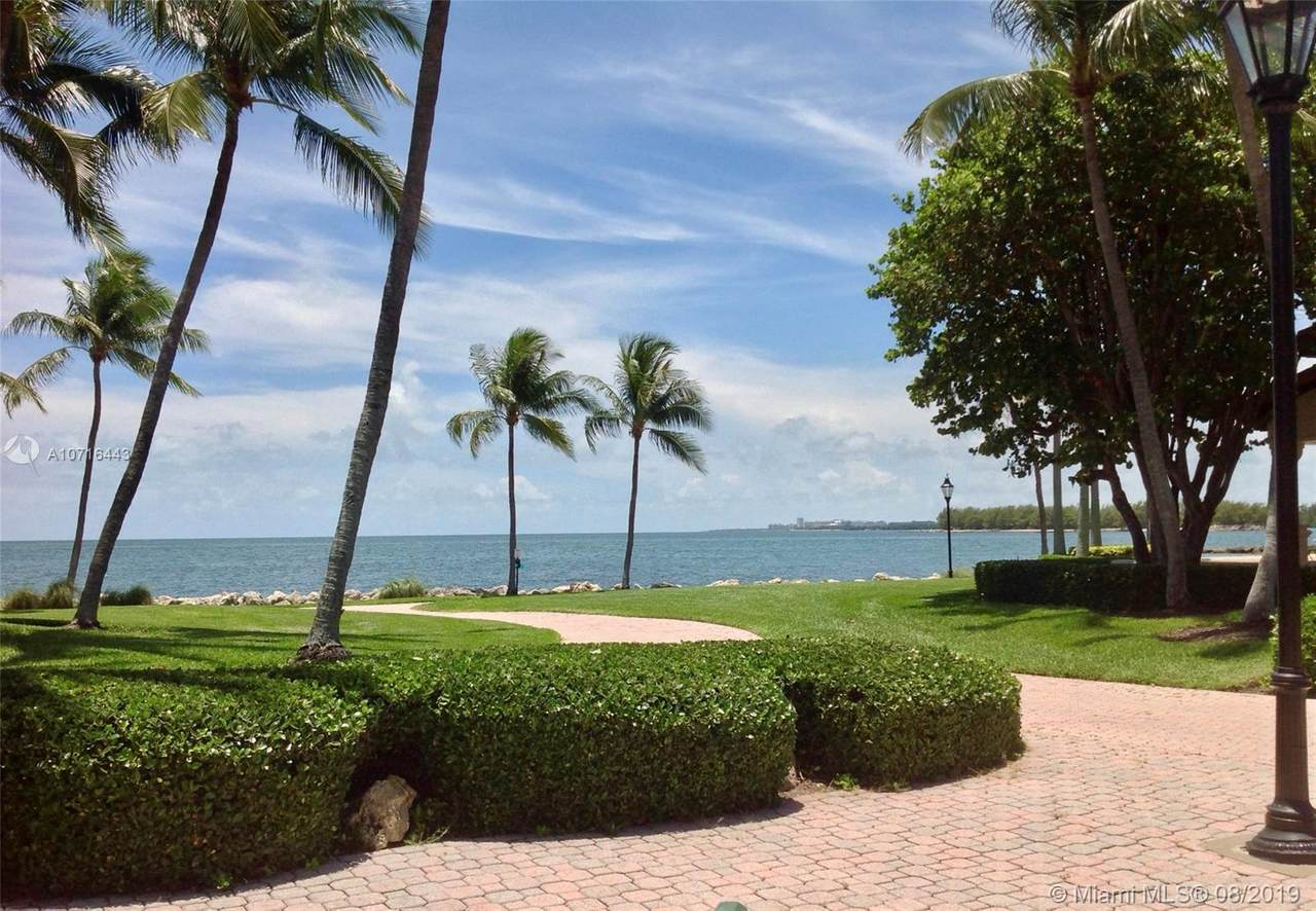 15411 Fisher Island Dr - Photo 1