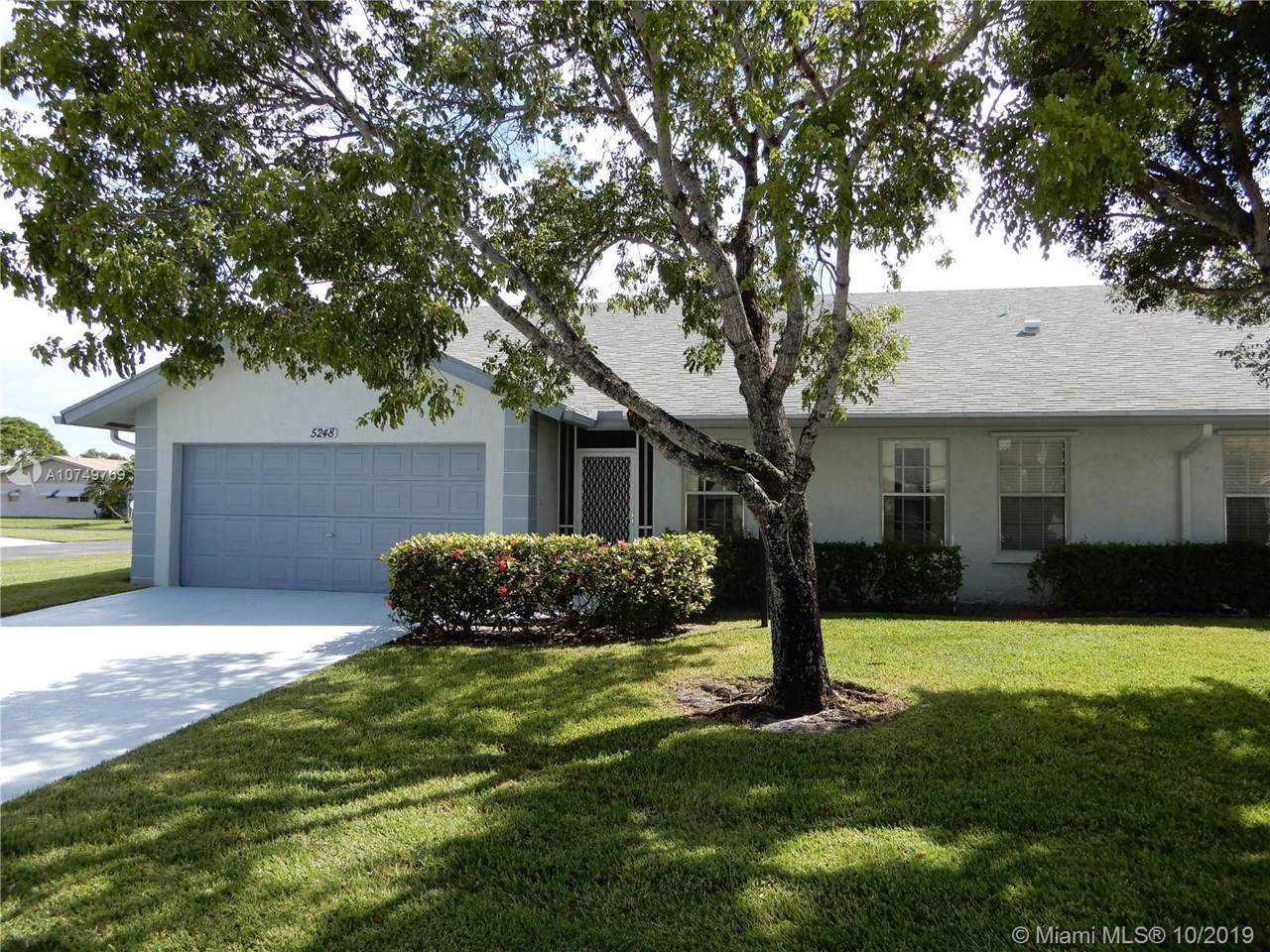 5248 Crystal Anne Dr - Photo 1