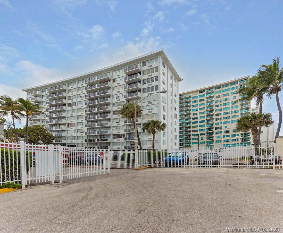 5313 Collins Ave - Photo 1