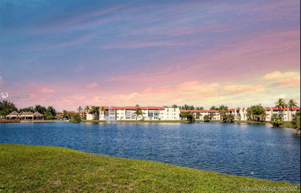 9420 Sunrise Lakes Blvd - Photo 1