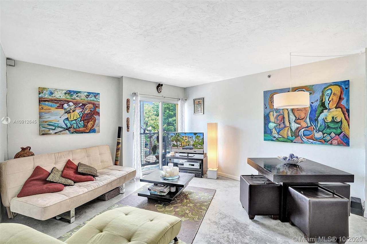 360 Collins Ave - Photo 1