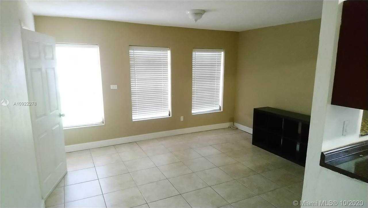 2920 69th Ave - Photo 1