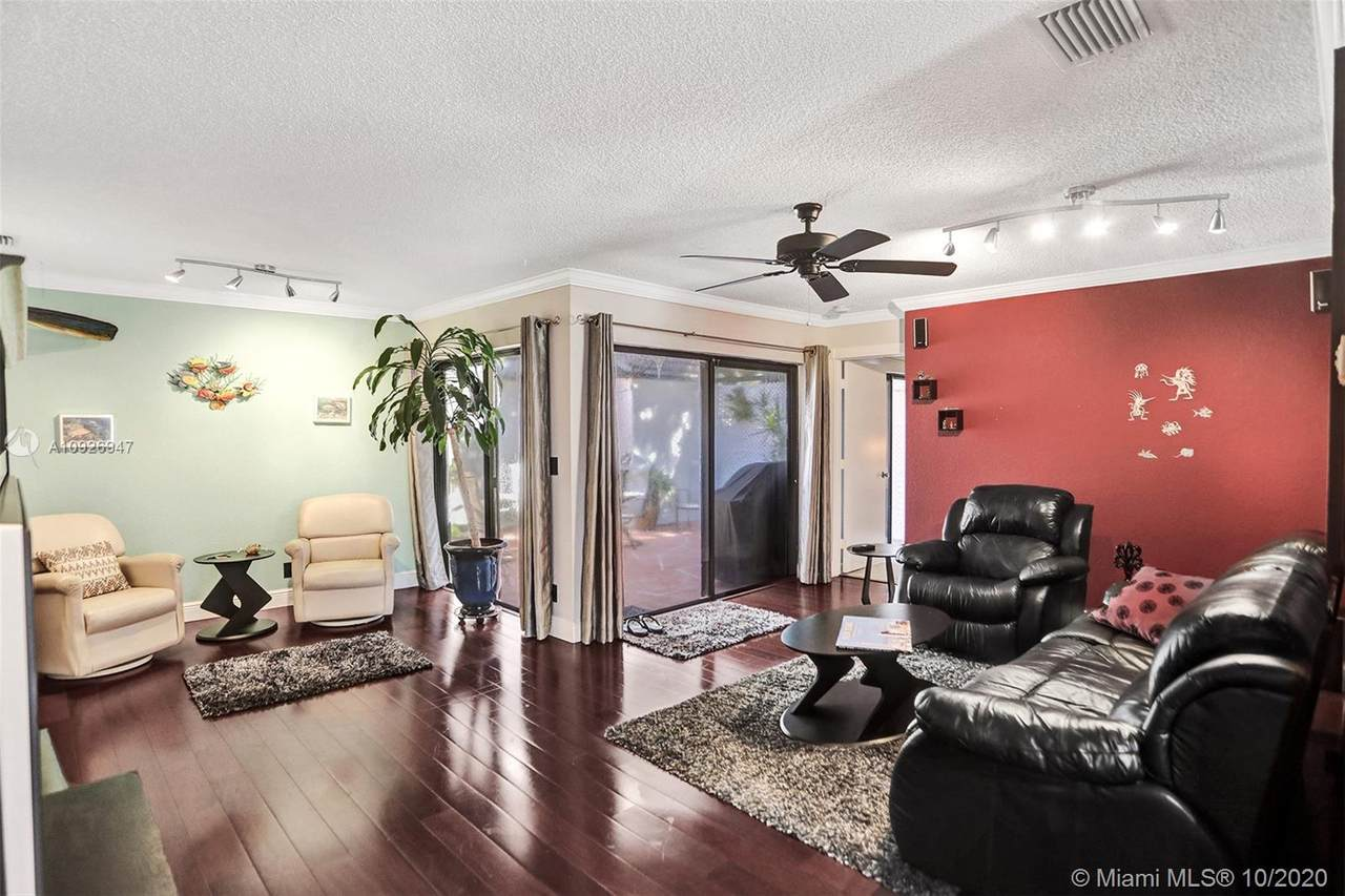 4639 Carambola Cir N - Photo 1