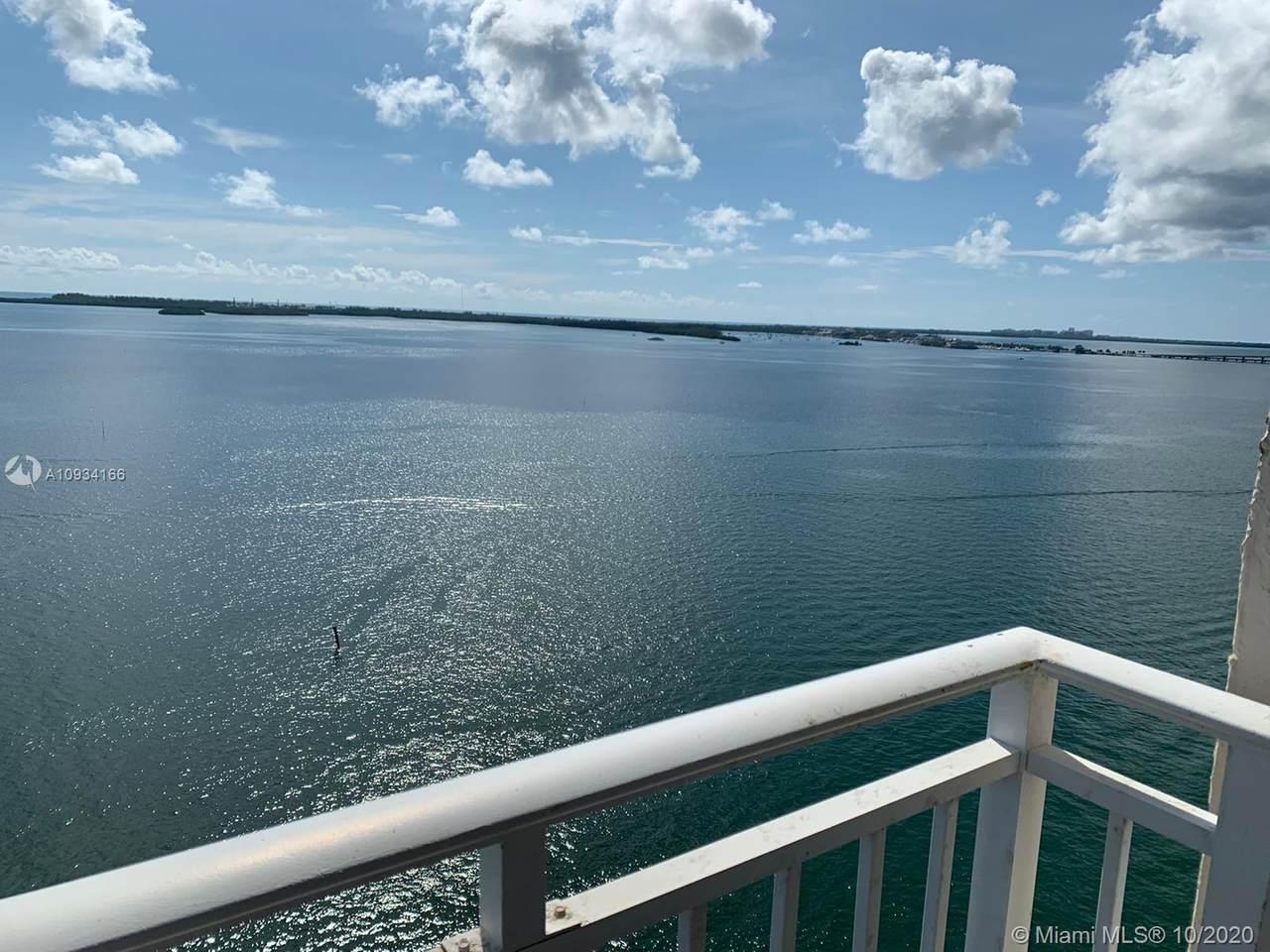 770 Claughton Island Dr - Photo 1