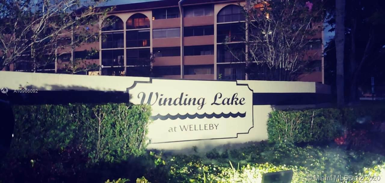 10007 Winding Lake Rd - Photo 1