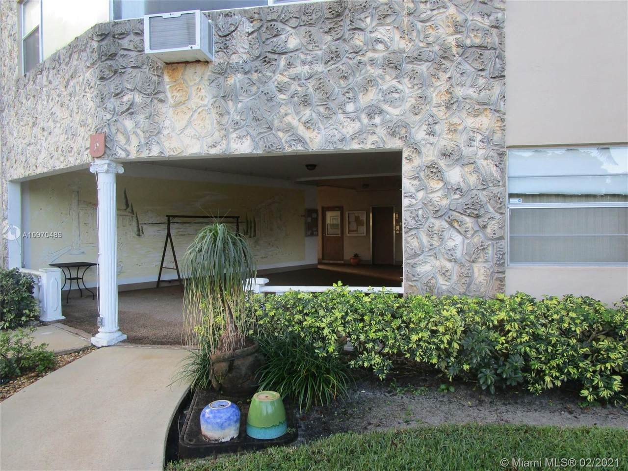 5003 Nw 35Th St - Photo 1