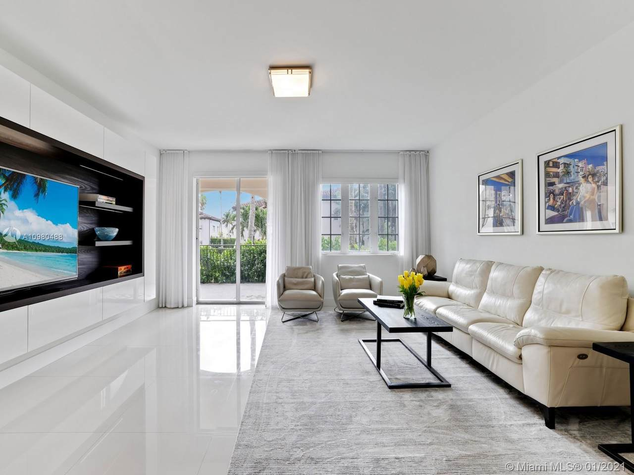 19113 Fisher Island Dr - Photo 1