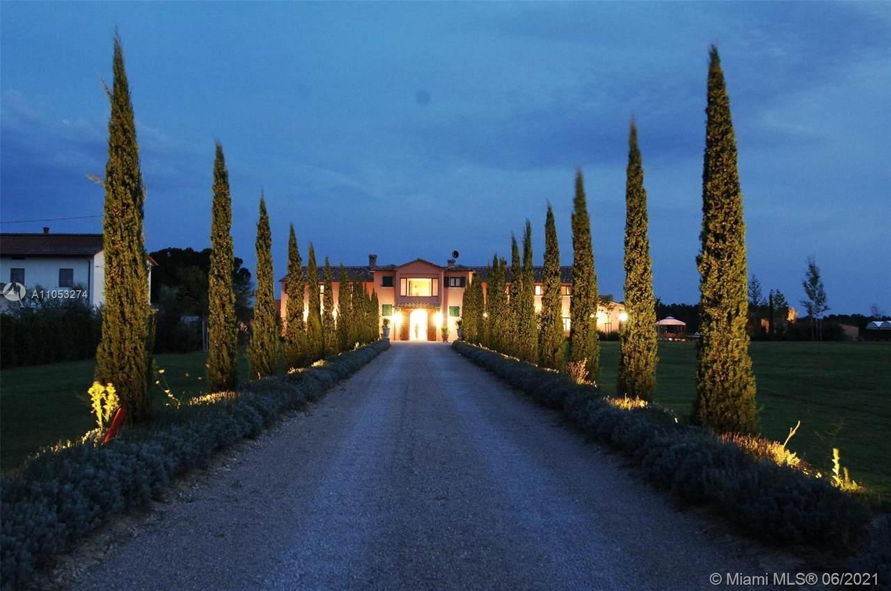7000 Italy - Photo 1