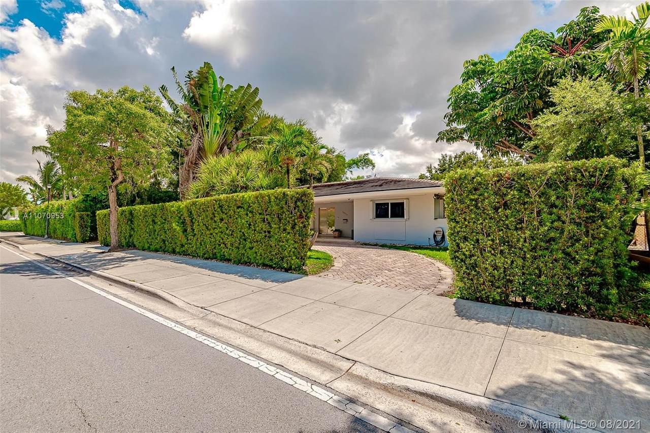 10050 Miami Ave - Photo 1