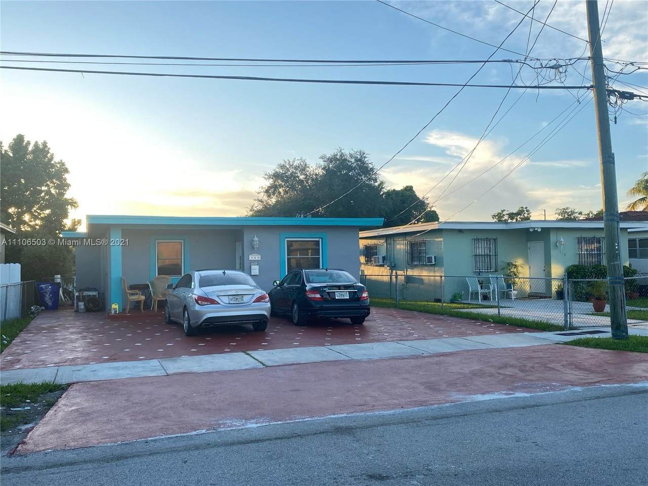 320 60th Ave - Photo 1